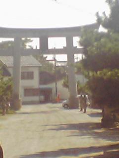 ふじふじの横は神社です!